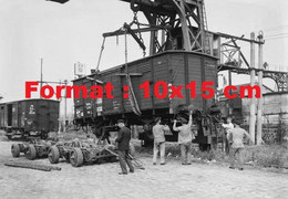 Reproduction Photographie Ancienne D'un Wagon Container Convertible Pour Les Rails Chemins De Fer P.L.M En 1935 - Reproductions
