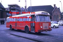 ReproductionPhotographie D'un Bus Rouge Avec Publicité Miele Wasmachines à Gand En Belgique En 1973 - Reproductions