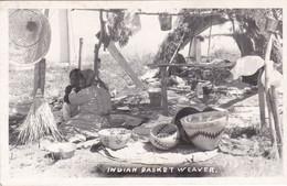 Indian Basket Weaver (Perù?) - America