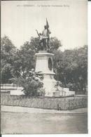107 - CONAKRY - LA STATUE DU GOUVERNEUR BALLAY - French Guinea