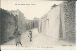 11 - RUE D'UN VILLAGE KOLANGO  ( Animées ) - Ivory Coast