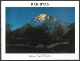 PAKISTAN POSTCARD , VIEW CARD  BROAD PEAK 8047M  MOUNTAIN - Pakistan