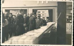 Vittorio Emanuele III In Visita Ad Una Fiera Campionaria - Familias Reales