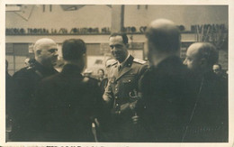 Principe Umberto Di Savoia A Colloquio Con Gerarchi Durante Una Fiera Campionaria - Familias Reales