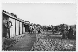 SAINT PAIR SURMER - N° 11 - LA PLAGE AVEC PERSONNAGES - Ed. EMMA BESNARD A GRANVILLE - FORMAT CPA NON VOYAGEE - Saint Pair Sur Mer
