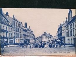 62 , Saint Omer ,la Place Victor Hugo Et Ses Habitants - Saint Omer