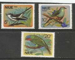 Niue - 1971  Birds MNH **     SG 158-60   Sc 139-41 - Niue