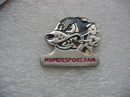 Pin's Hundesport Fan (fan De Sport De Chiens) - Animals