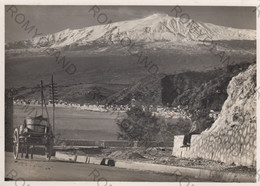 """CARTOLINA  TAORMINA, SICILIA,L""""ETNA M.3274,BELLA ITALIA,MARE,SOLE,SPIAGGIA,BARCHE A VELA,VACANZA,VIAGGIATA 1955 - Messina"""