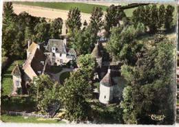 CPSM, BRINON-SUR-BEUVRON, (58), Le Chateau, Angles émoussés,  écrite, Timbrée - Brinon Sur Beuvron
