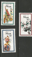 Niue - 1974  Christmas MNH **     SG 190-2   Sc 171-3 - Niue