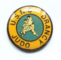 Pin's U.S.N.C JUDO - Union Sportive Du Nord Des Cheminots - DRANCY (93) - Judokas - K094 - Judo