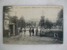 MILITARIA - DINAN - Le Quartier Beaumanoir Du 13ème Hussards (très Animée) - Caserme