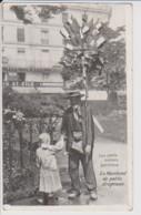 75 – PARIS – LES PETITS METIERS PARISIENS – LE MARCHAND DE PETITS DRAPEAUX. Ecrite Au Verso 1906 - Artigianato Di Parigi