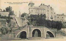 44 - Nantes - Escalier Des Cent Marches Et Statue De Sainte Anne - Animée - Oblitération Ronde De 1915 - CPA - Voir Scan - Nantes