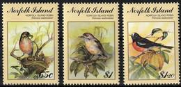 1990 Norfolk Island BIRDPEX'90: Norfolk Island Robin Set (** / MNH / UMM) - Sperlingsvögel & Singvögel