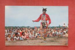 Long Island Shinnecock Indians   Indian Brave Green Rainbow Doing Hoop Dance     Ref 4847 - Native Americans
