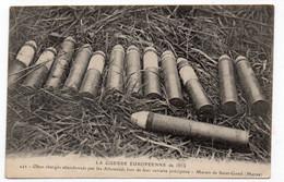 GUERRE...de 1914 - Obus Chargés Abandonnés Par Les Allemands Lors De Leur Retraite Précipitée - Marais De St-GOND(S117) - Materiale