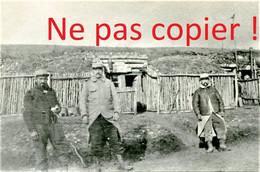 PHOTO FRANCAISE DU 41e RIT - POILUS ET ABRIS AU RAVIN MULOT PRES DE HANS SUR MEUSE - SAINT MIHIEL - GUERRE 1914 1918 - 1914-18