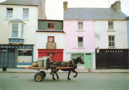 CPSM Grand Format - Irlande - On The Way To The Creamery - Clare - Bar Café - Attelage - Clare