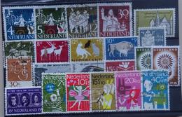 NEDERLAND 1963-64     Samenstelling  Van Nr. 807  Tot  834        Gestempeld   CW  9,50 - Gebruikt