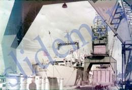 1960 LENINGRAD HARBOR SHIP USSR RUSSIA 35mm SLIDE PHOTO FOTO O1 - Diapositives (slides)