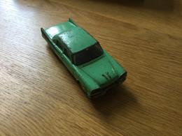 Ancienne Voiture Dinky-Toys N°191 : Dodge Royale Sedan (~1965) 1 Roue Abîmée, Pas De Boîte - Jugetes Antiguos