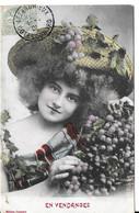 En Vendanges (femme Avec Grand Chapeau Et Grappe De Raisins ( Bergeret) - Femmes