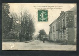 CPA - LA GUERCHE DE BRETAGNE - Le Jardin Des Plantes Et Les Postes Et Télégraphes, Animé - La Guerche-de-Bretagne