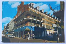 454/CPM - New-Orléans - Bourbon Street, French Quarter - Hôtel Royal Sonesta - Timbre A.Verville Aviation Pioneer - New Orleans