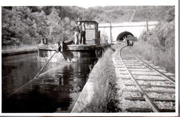 MAUVAGES  -  Canal De La Marne Au Rhin  -  Magnifique Photo Du Toueur à L' Entrée Du Tunnel - Unclassified