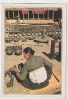 Asie : Népal : Bhadgaon , La Place  Des  Potiers - Nepal