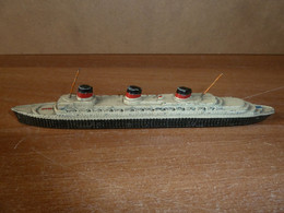 DINKY TOYS (MECCANO FRANCE) - NORMANDIE - Barcos