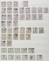 **, *, O Szükségportó Gyűjtemény A4-es Berakóban, Benne 450 Db Bélyeg, Néhány Levelezőlap és Kivágások / Collection Of A - Non Classificati