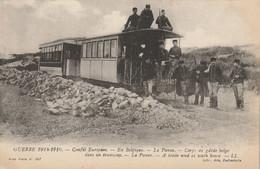 Guerre 1914-1916 Conflit Européen - En Belgique - La Panne - Corps De Garde Belge Dans Un Tramway - Guerra 1914-18