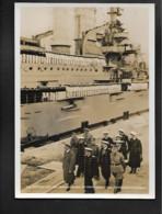 DR Ak Adolf Hitler Auf Der Westerplatte Mit Schiff Schleswig-Holstein / SSt Brünn - Oorlog 1939-45
