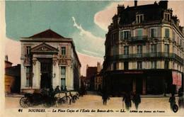 CPA BOURGES - La Place Cujas Et L'Ecole Des Beaux-Arts (634403) - Bourges