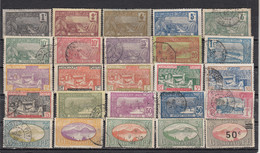 Guadeloupe   Lot De 25 Timbres - Used Stamps