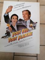 AFFICHE CINEMA    TOUT FEU TOUT FLAMME  YVES MONTAND ISABELLE ADJANI   ( 40 CM X 60 CM ) - Posters