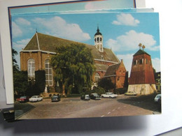 Nederland Holland Pays Bas Sneek Met Martinikerk En Oude Auto's Leuk - Sneek