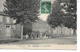 52 - PERTHES - La Grande Route  (Animée) - Other Municipalities