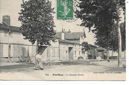 52 - PERTHES - La Grande Route  (Animée) - (N° 2) - Other Municipalities