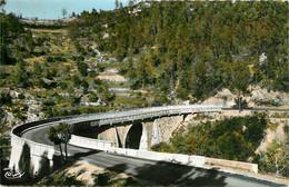CPSM Barjols-Le Pont Neuf      L490 - Barjols