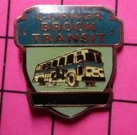 313a Pin's Pins / Beau Et Rare / THEME : TRANSPORTS / AUTOBUS ROUTIER CANADA CORNER BROOK TRANSIT - Trasporti