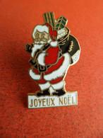 Pins Pin's émail EGF Pere Noel - Et Sa Hotte - Joyeux Noel - Signé Chin'Asia - Natale