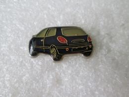 PIN'S    FIAT   BRAVO - Fiat