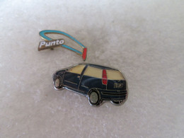 PIN'S   LOT 2   FIAT   PUNTO - Fiat