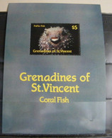 MZ84 -  GRENADINES OF THE ST.VINCENTE 1990 5$ - FOGLIETTO SHEET - FAUNA MARINA - PESCE PALLA - FISH - St.Vincent (1979-...)