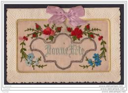 Carte Brodée Double - BONNE FÊTE - (Fleurs Avec Correspondance Intérieure) - Bordados
