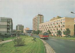 Pologne Poland Walbrzych Voiture Auto Automobile Car Autocar Bus Autobus Immeuble Immeubles Habitation Logement - Poland